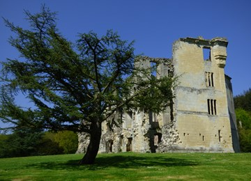 Old Wardour Castle: a tower keep castle, 17th century
