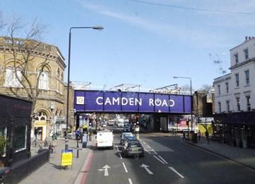 1 Contributionon CAMDEN ROAD STATION