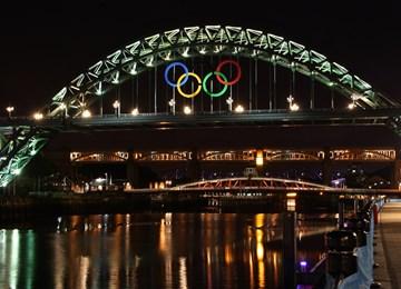 Tyne Bridge (also known as New Tyne Bridge), Non Civil