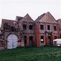 Coach House and stables north east of Oxwick Farmhouse, Oxwick Lane, Yate, Wickwar - South Gloucestershire (UA)