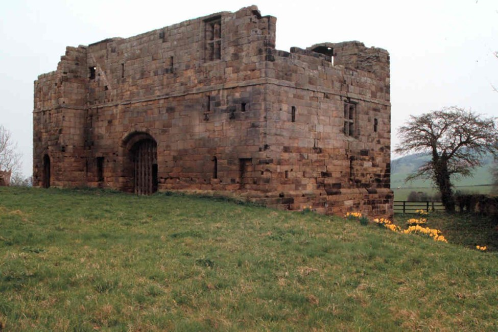 Whorlton Castle Gatehouse, Castle Bank, Whorlton, Hambleton - North York Moors (NP)
