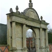 Gate arch south of south front of Manor House, Winwick Manor, Winwick - Daventry
