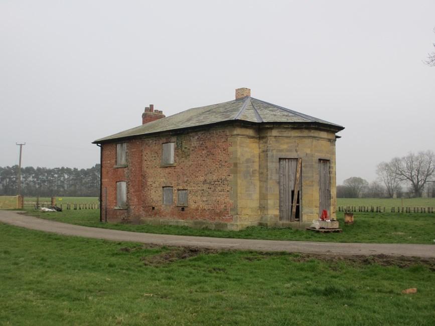 West Lodge, Thornton Stud, Newsham Road, Newsham with Breckenbrough - Hambleton