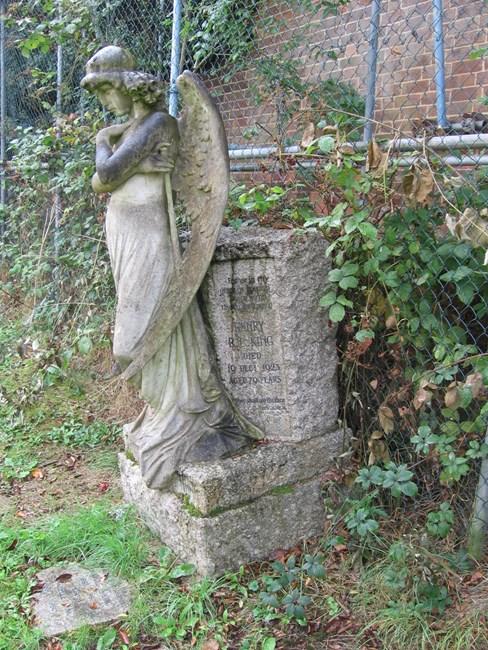Tomb of Elizabeth King, Norwood Road, West Norwood Memorial Park SE27 - Lambeth