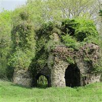 Ruins of Merdon Castle, Hursley - Winchester