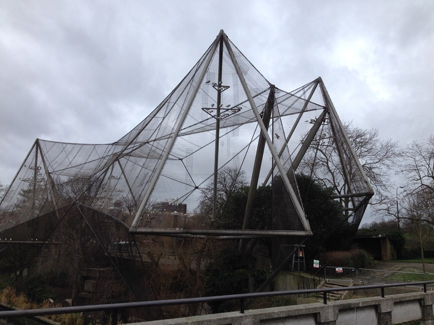 Snowdon Aviary London Zoo, Regents Park NW1 - Westminster, City of