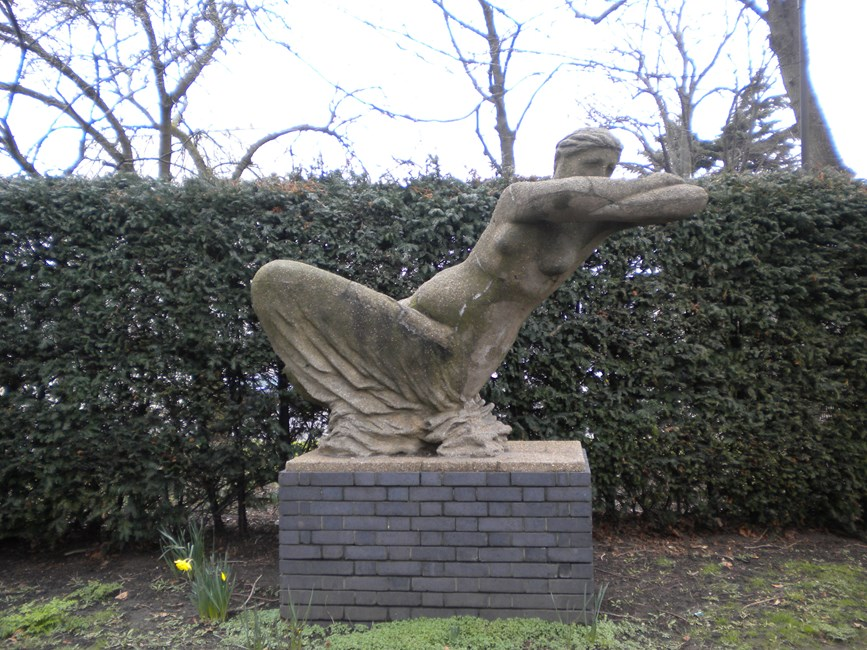 Draped woman sculpture, North Verbena Gardens W6 - Hammersmith and Fulham