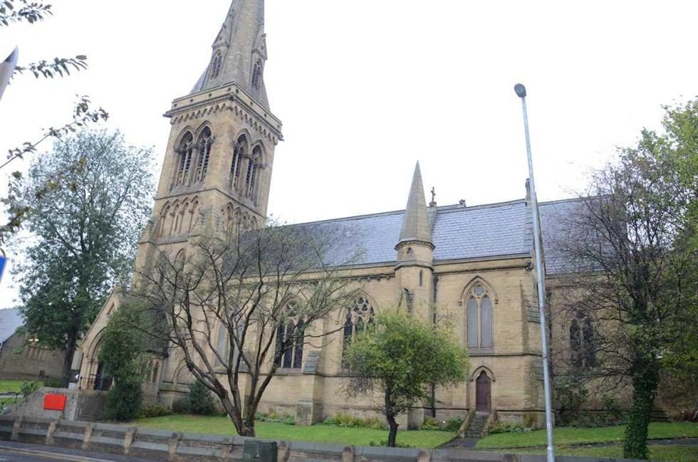 Church of St Thomas, Manchester Road, Huddersfield - Kirklees