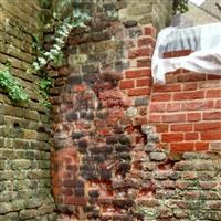 Enclosing walls to Moravian Burial Ground, King's Road  SW10 - Kensington and Chelsea