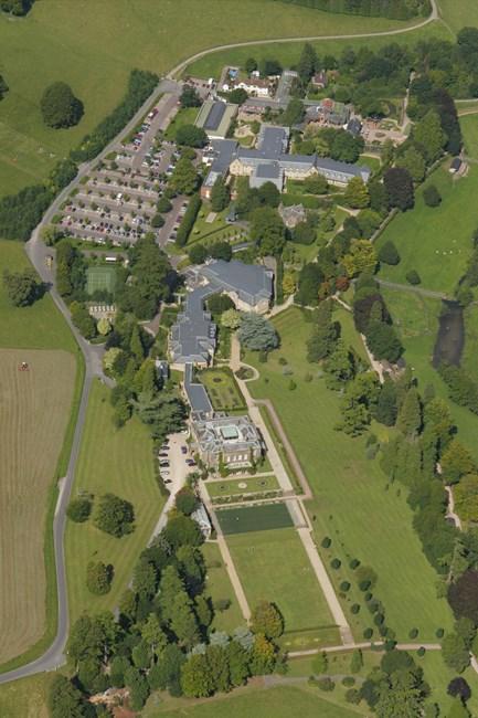 Cricket House, Cricket St. Thomas / Winsham - South Somerset