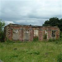 Gazebo north of Clumpcliffe Farmhouse, Methley Lane, Methley - Leeds