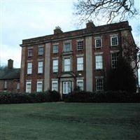 Walton Hall, attached stables and garden wall, Main Street, Walton upon Trent - South Derbyshire
