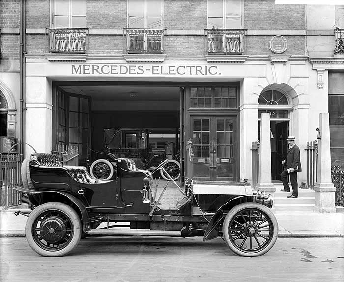 Mercedes Motor Showroom, 12 Saville Row, Westminst