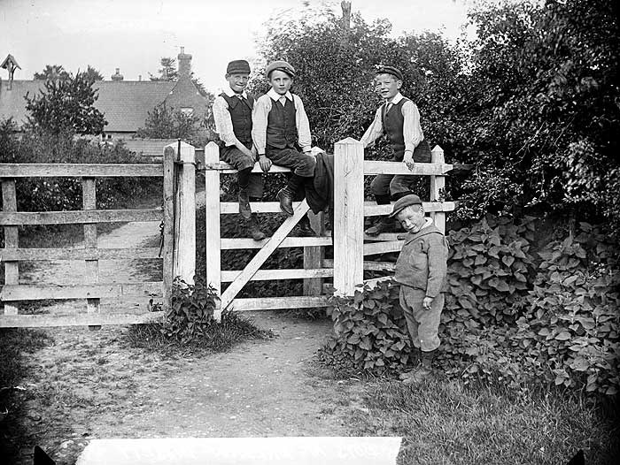 Boys, Preston Bissett, Buckinghamshire