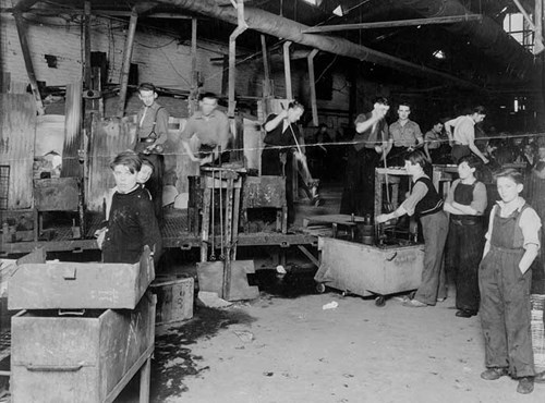 Workers at Osram Glass Works, Newcastle upon Tyne, Tyne and Wear