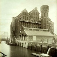 Albert Bridge Flour Mills, Battersea, Greater London