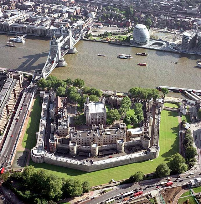 Tower of London, Tower Bridge and the Greater London Authority offices, London
