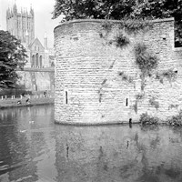Bishop's Palace and Cathedral, Wells, Somerset