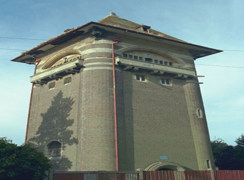 Former  Bailey Hill Water Tower, West Hill Road, Luton