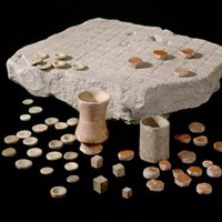 Corbridge Roman Site Gaming board with dice and counters