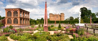 The aviary and garden at Kenilworth Castle in 2009