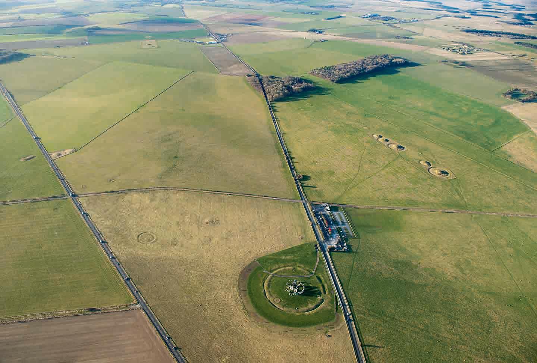 Heat Helps Unlock the Mysteries of Stonehenge - artnet News |Stonehenge Aerial View Complete