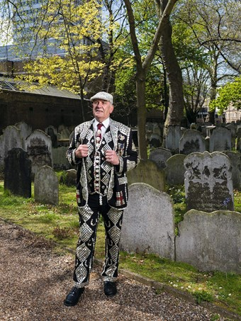 John Walters, Pearly King of Finsbury, Bunhill Fields