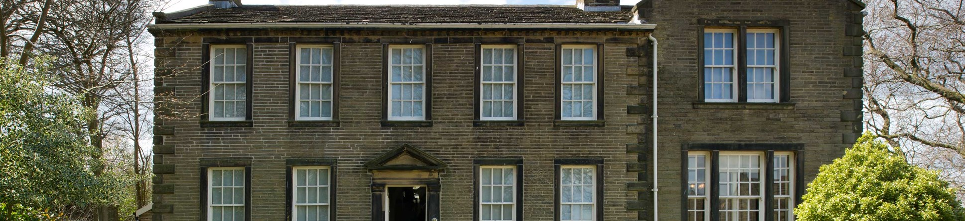 Image of the Brontë Parsonage in Haworth which was home to Patrick Brontë and his three literary daughters Charlotte, Emily and Anne from 1820 onwards.