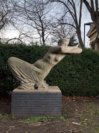 The Leaning Woman by Karel Vogel, 1959. North Verbena Gardens, Great West Road, Hammersmith, London. Listed Grade II © Historic England