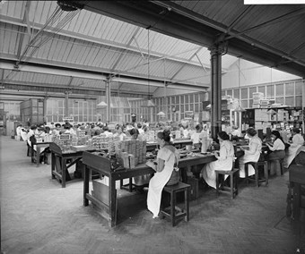 Teofani Cigarette Factory, Brixton, London, 1916. Women workers packing cigarettes for supply to the forces